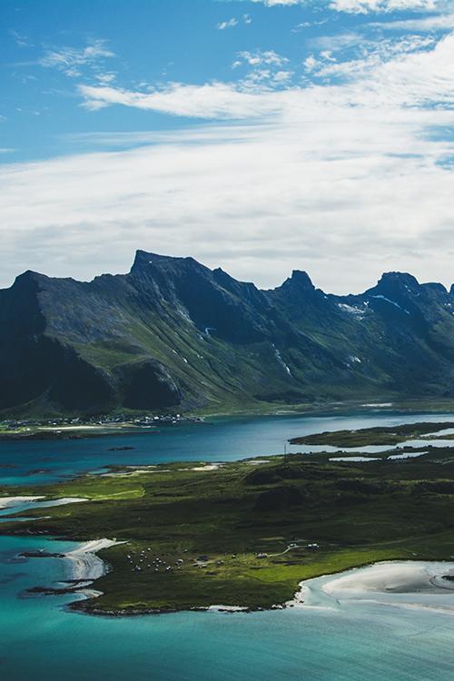 Lofoty: najlepsze widoki zaczynają się od 400 m n.p.m.