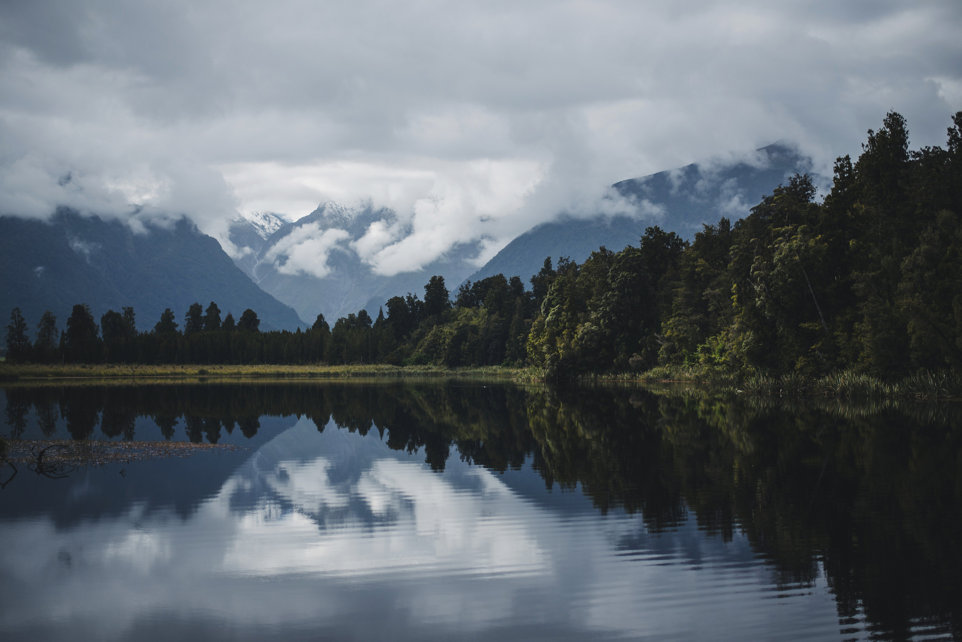 lake matheson nowa zelandia