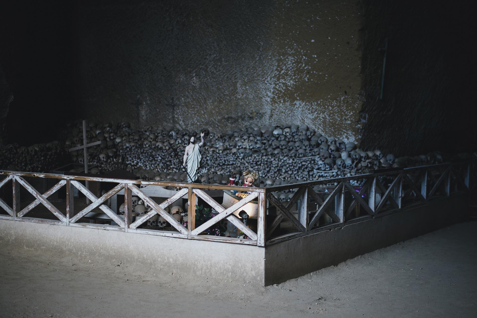 cmentarz fontanelle neapol
