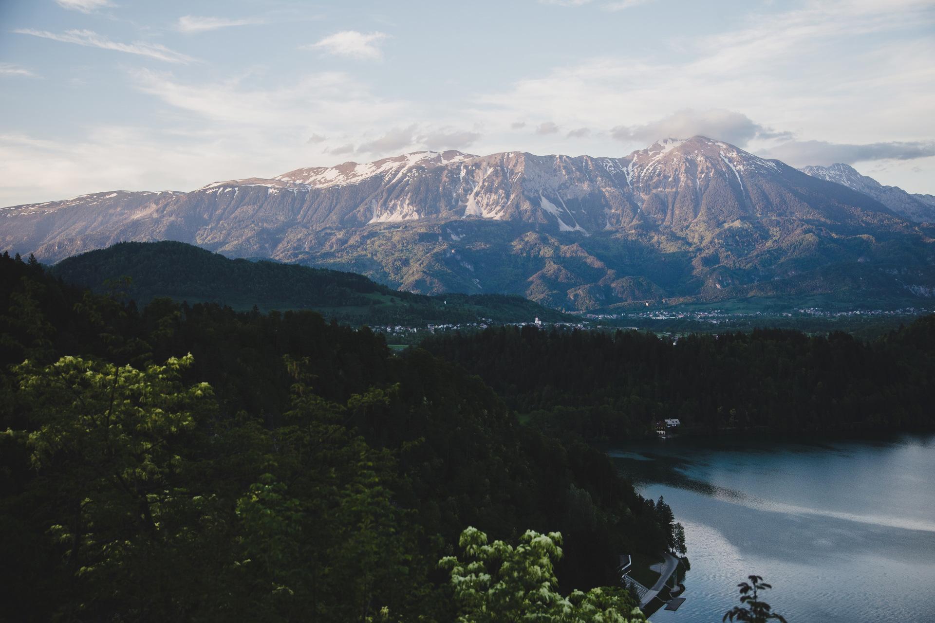 widok na jezioro bled
