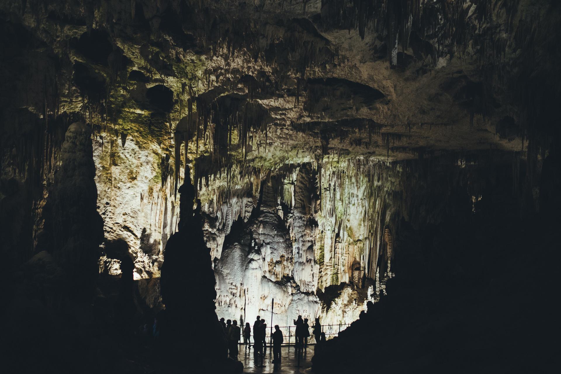 postojenska jama